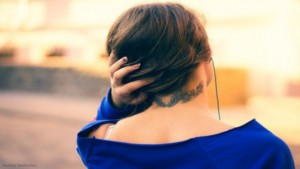頚椎椎間板ヘルニアからくる頭痛の注意すべき対処法とは?