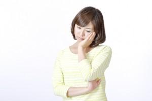 いつも持てていたものが持てない、それって頚椎椎間板ヘルニアが原因かも?